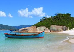 Study Portuguese on beaches in Florianópolis