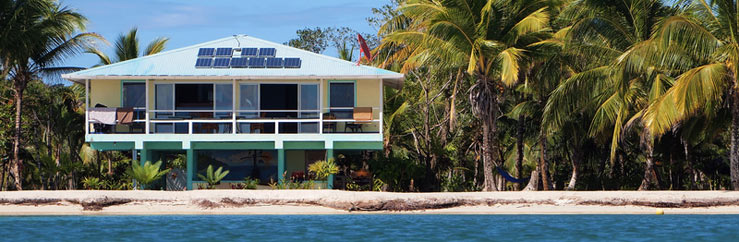 Host Family and Hotel Accommodation in Bocas del Toro - © vilainecrevette